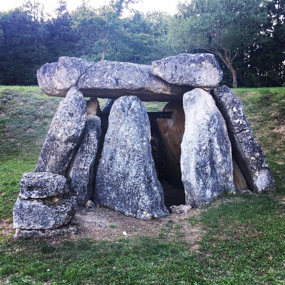Descubrimos los dólmenes de Alava. Hay 72 en el Territorio Histórico